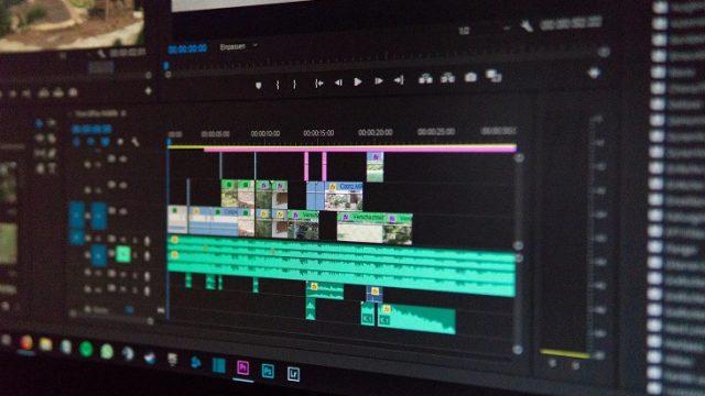 動画編集作業中のタイムラインのキャプチャ