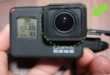 goproのレンズの場所を示した画像