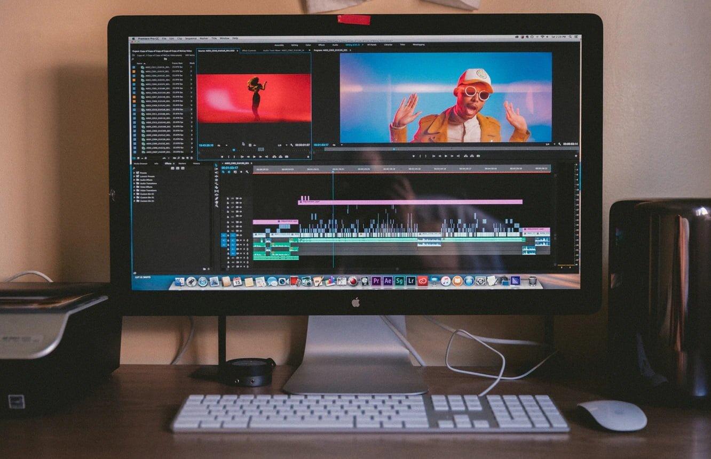 動画編集を行うデスクトップPC